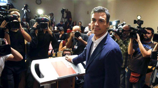 """Rivera bromea sobre 'la vuelta a España' de Sánchez: """"Parece que ha empezado por EEUU"""""""