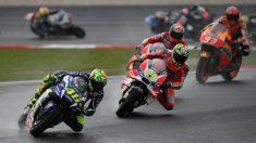 Rossi lidera el tren de cabeza en Malasia. (AFP)
