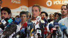 Lilian Tintori, este miércoles en la sede de Voluntad Popular. (OKD)