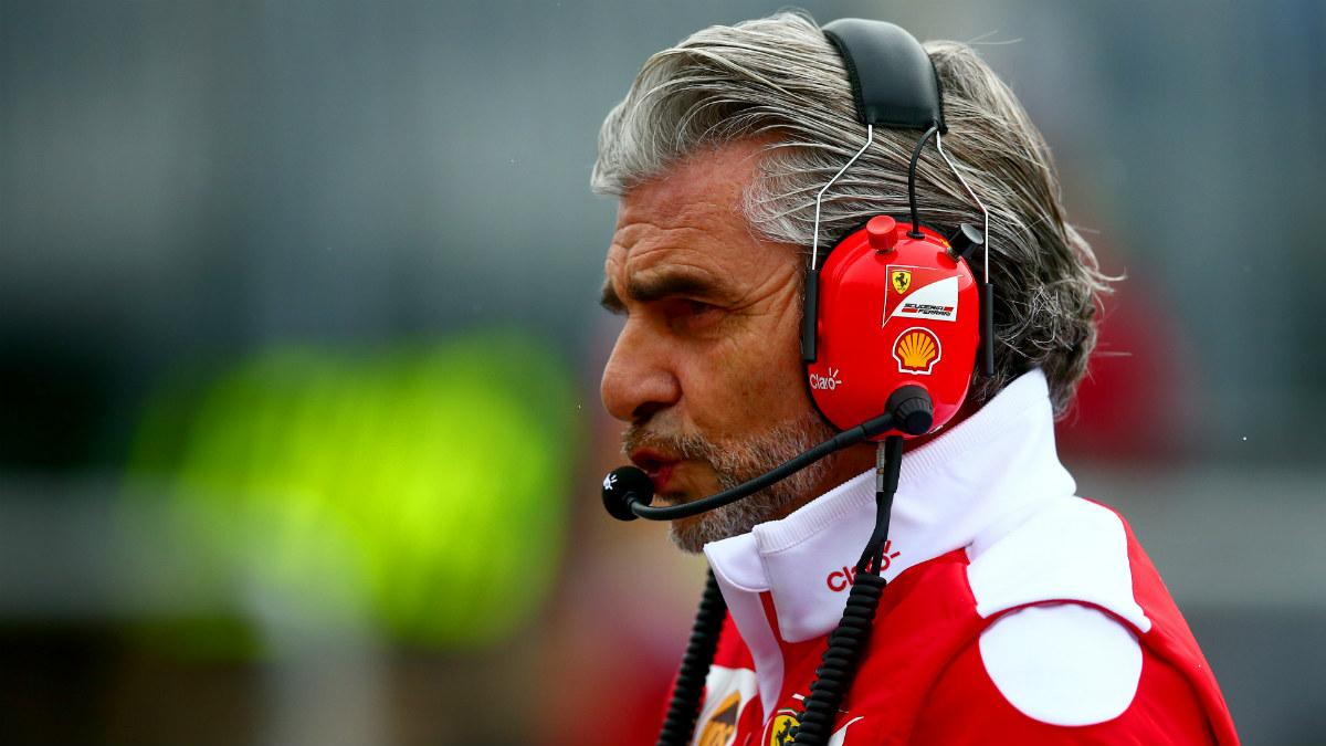 Arrivabene, en el box de Ferrari. (AFP)