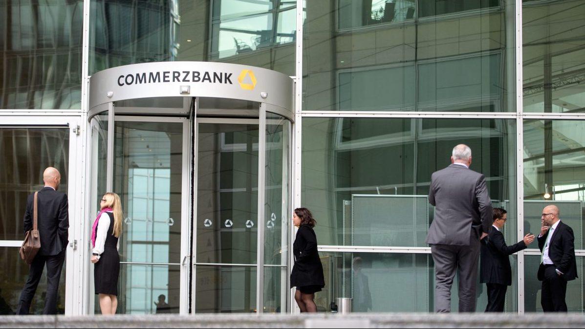 Commerzbank presenta pérdidas de 96 millones en el primer semestre y augura un cierre de ejercicio negativo. (Foto: Getty)