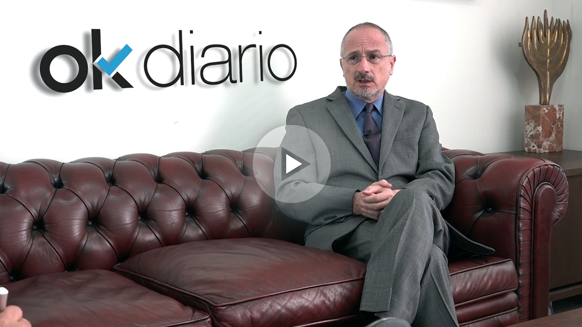 Daniel Kutner, embajador de Israel en España, durante la entrevista. (OKD)