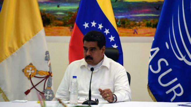 """Nicolás Maduro llama """"agresiones económicas"""" a las sanciones internacionales que le impondrán por el fraude de su Constituyente"""