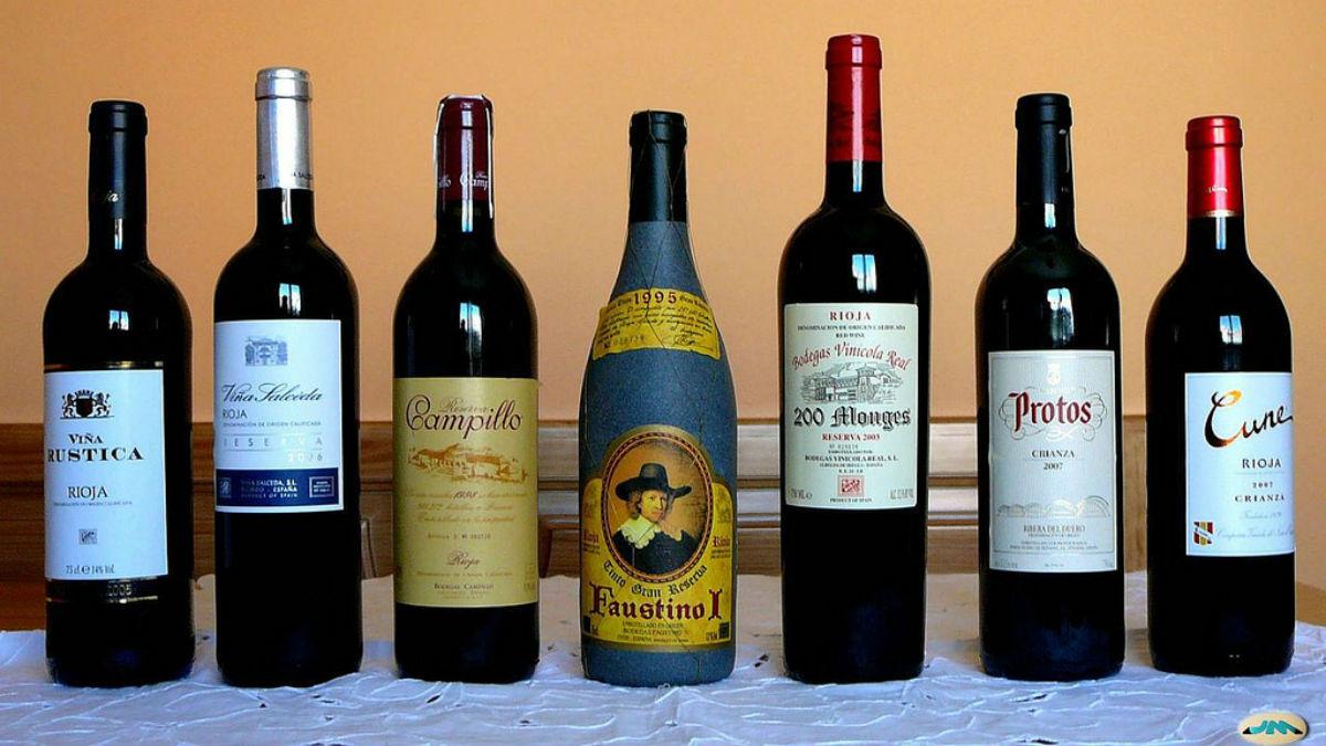 Botellas de vino tinto (Flickr).