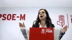 La líder del PSOE madrileño, Sara Hernández, en una rueda de prensa.