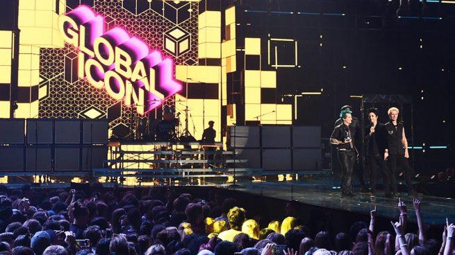 Green Day son coronados como 'icono global' en los premios europeos de la MTV