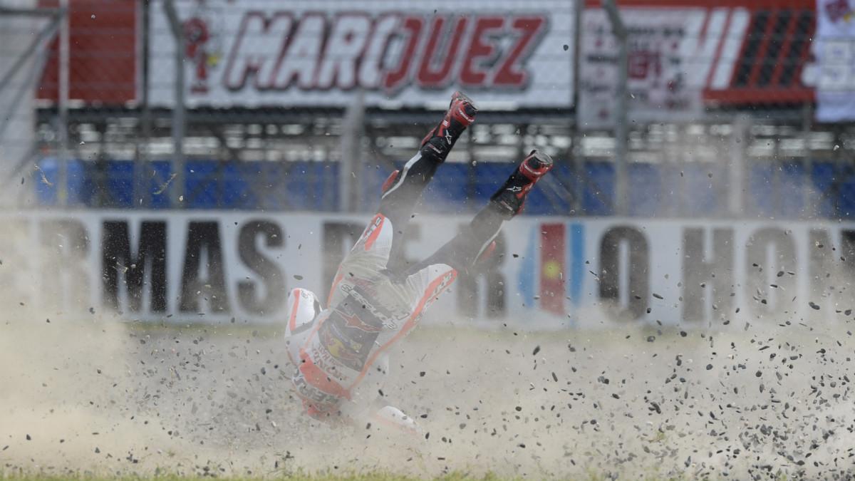 Marc Márquez sufre una caída. (AFP)
