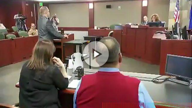 Una jueza de Nevada desestima la demanda de Trump y le espeta a su abogado que se siente