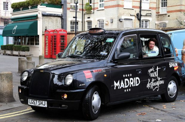 En lo que va de año, más de 350.000 británicos han elegido Madrid como destino turístico. (Foto: CM)