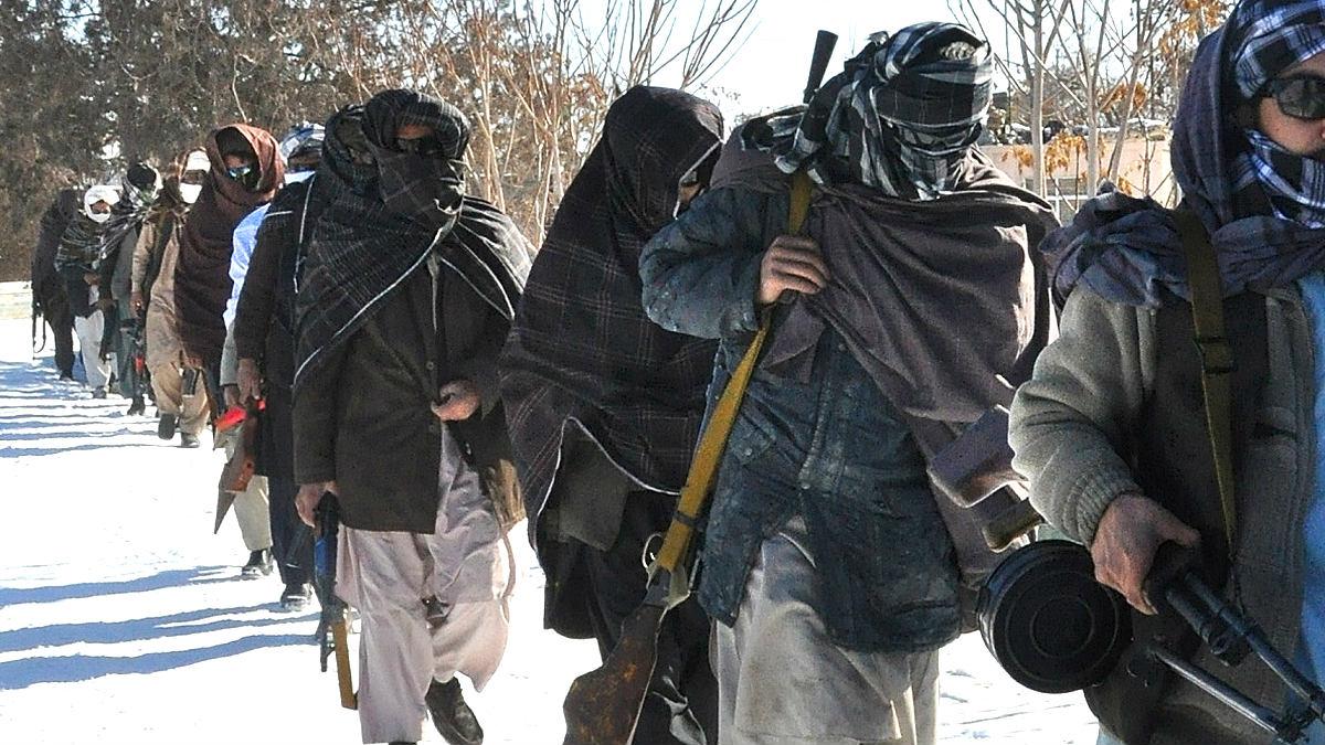 Combatientes talibán en la provincia de Kunduz. (Foto: AFP)