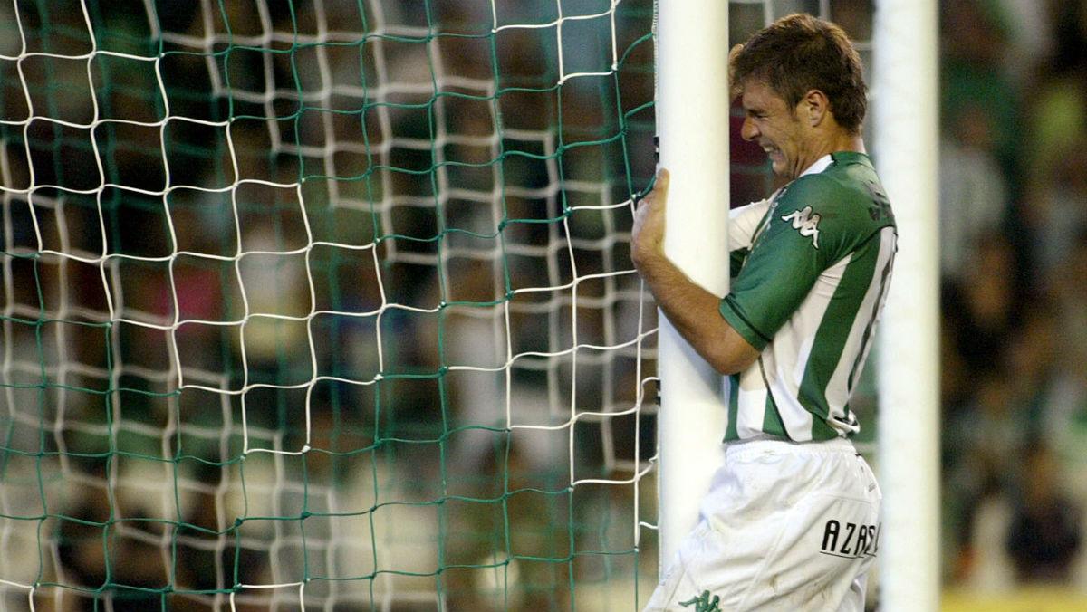 Joaquín Sánchez, en un partido con el Real Betis. (AFP)