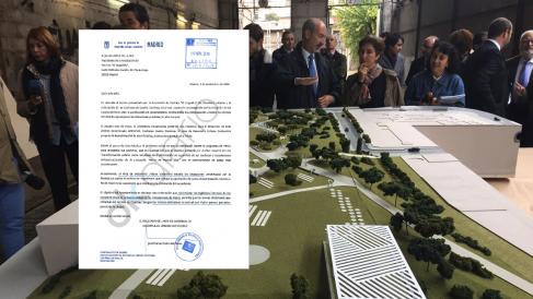 La carta del edil de Urbanismo y la maqueta del proyecto adaptado a los requerimientos del Ayuntamiento. (Foto: TW)