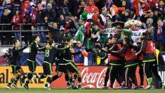 Los jugadores de México celebran el triunfo en Columbus. (Getty)