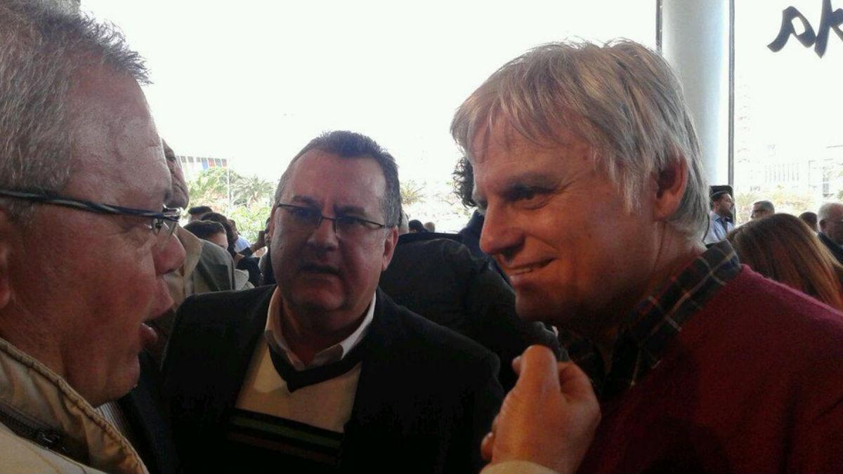 A la derecha, el ex secretario general del PSOE canario, José Miguel Pérez (Foto: Twitter)