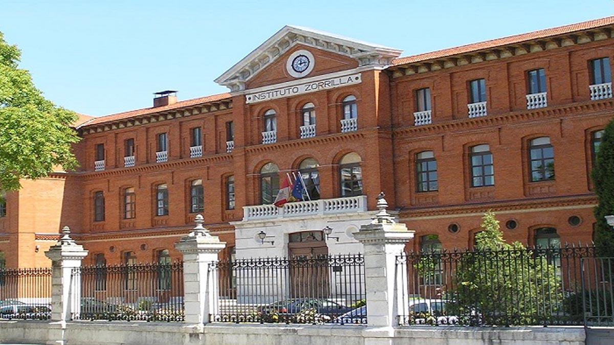 Fachada del instituto Zorrilla de Valladolid.