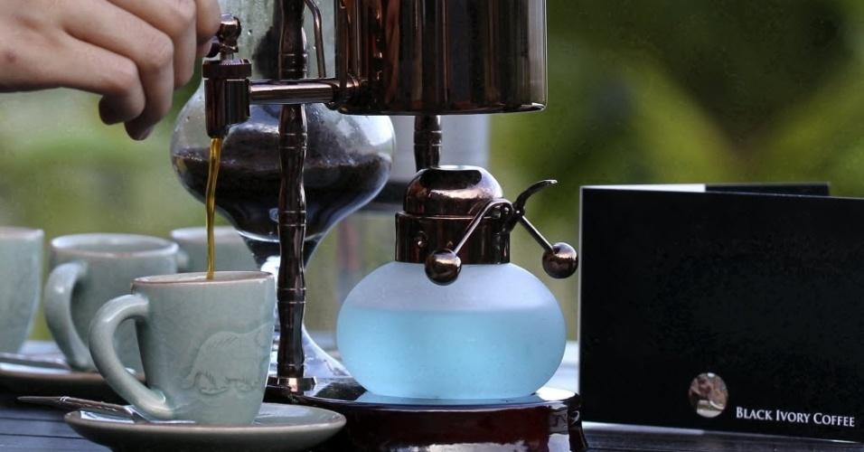 El mejor café del mundo se saca de excrementos de elefantes