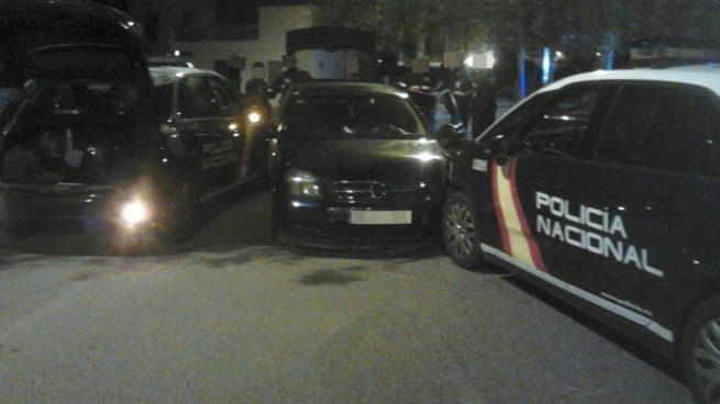 Una espectacular persecución en coche por Valencia se salda con cinco policías heridos