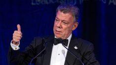 Juan Manuel Santos, presidente de Colombia, durante una gala en Washington. (AFP)
