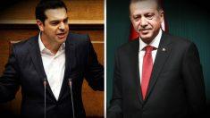 El primer ministro griego, Alexis Tsipras, y el presidente turco, Recep Tayyip Erdogan. (Reuters/AFP)