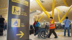 Acceso exclusivo PMR en filtro de seguridad. Aeropuerto Adolfo Suárez Madrid-Barajas.