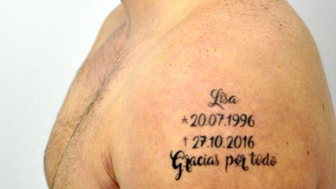 El detenido se tatuó el nombre de la víctima y la fecha de la muerte (Foto: Efe).