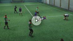 Así juegan al fútbol para borrachos en Noruega.