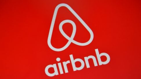 Logo de Airbnb (Foto: GETTY).