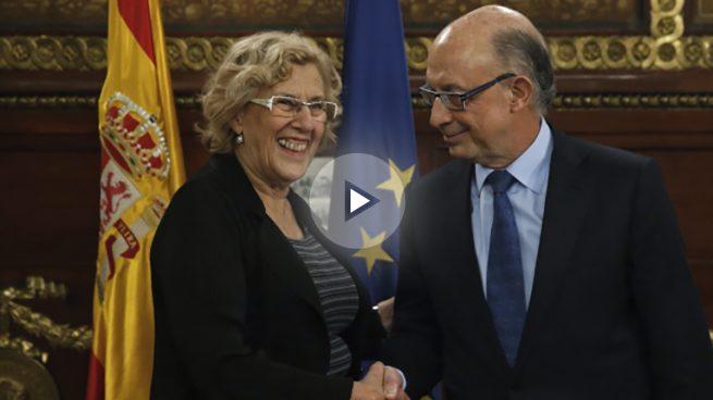 Carmena recula y admite ante Montoro que incumple la regla de gasto de 2015