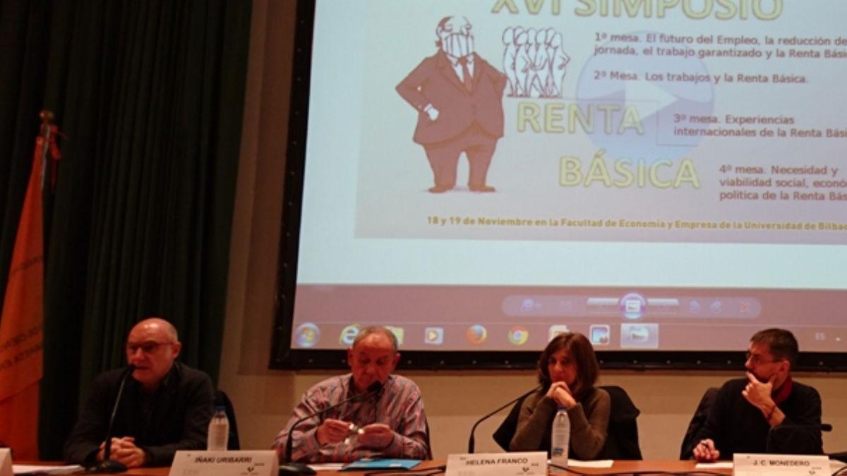 Juan Carlos Monedero defiende la renta básica universal. (Foto: OKD)