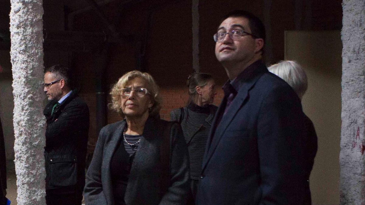 Carlos Sánchez Mato (Economía) con la alcaldesa Manuela Carmena. (Foto: Madrid)