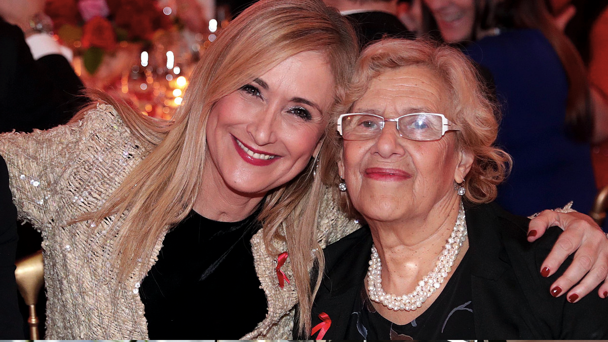 Cristina Cifuentes y Manuela Carmena en la gala del SIDA. (Foto: Comunidad)