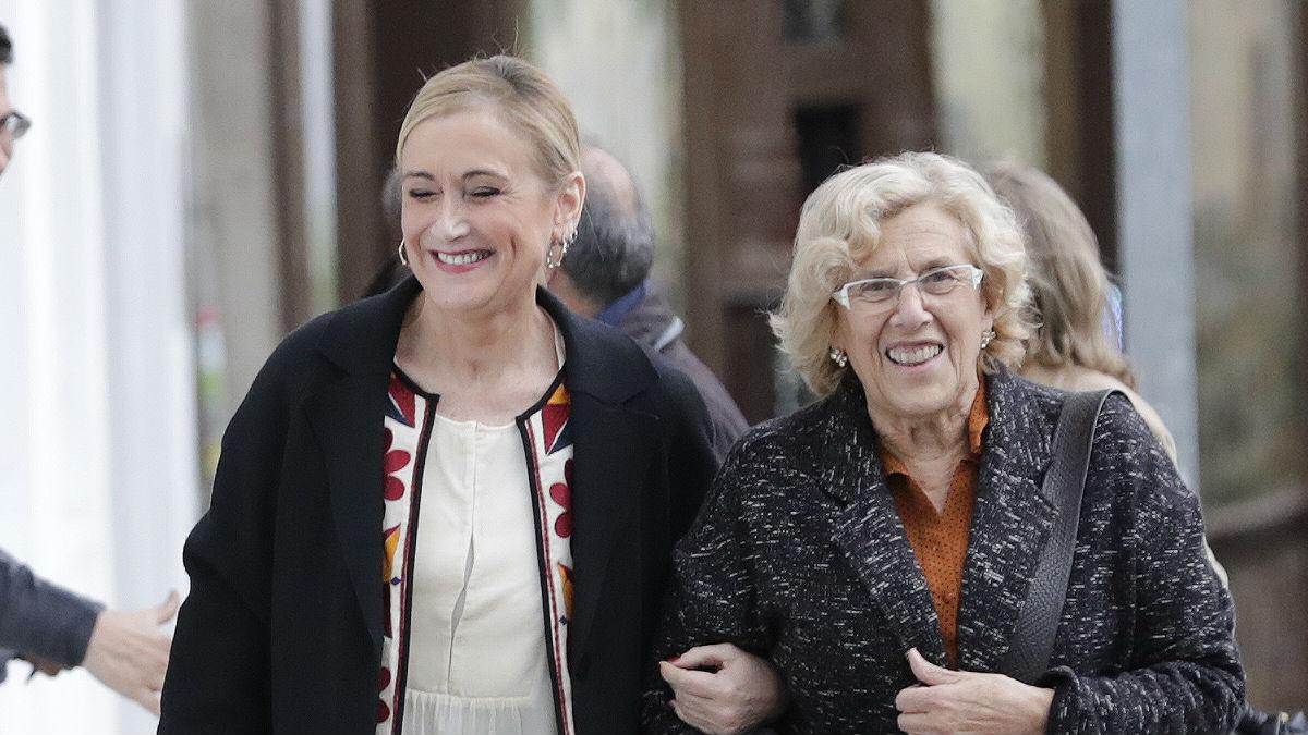 Cristina Cifuentes y Manuela Carmena (Foto: Comunidad de Madrid)