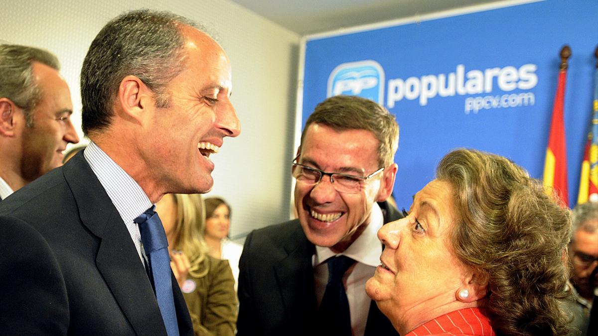 Francisco Camps y Rita Barberá. (Foto: AFP)