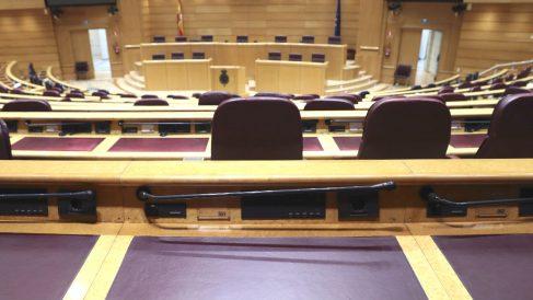 Vista del escaño de Rita Barbera a primera hora de este miércoles en el Senado donde estaba previsto celebrarse el pleno de la cámara (Foto: Efe)