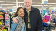 Jon Voight en la foto con Sidney Gholston, protagonistas de esta preciosa historia. Foto: ABC News