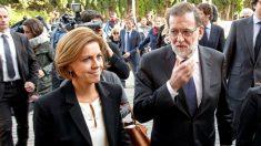 Maria Dolores de Cospedal acompañando al Presidente del Gobierno EFE