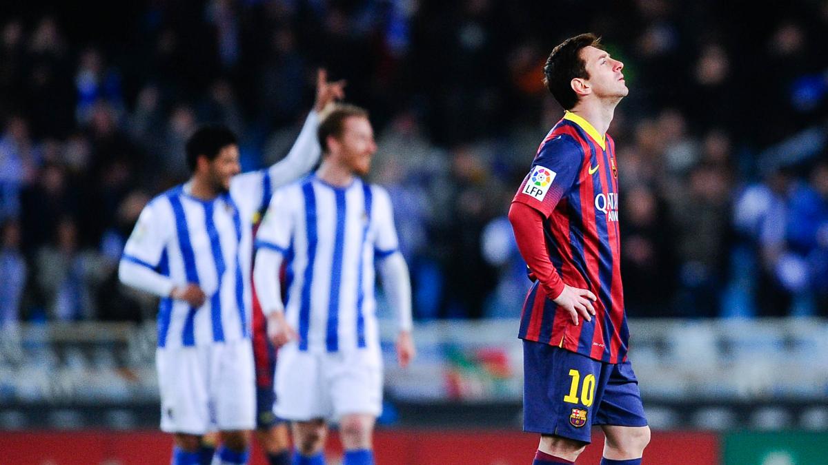 Leo Messi se lamenta en Anoeta