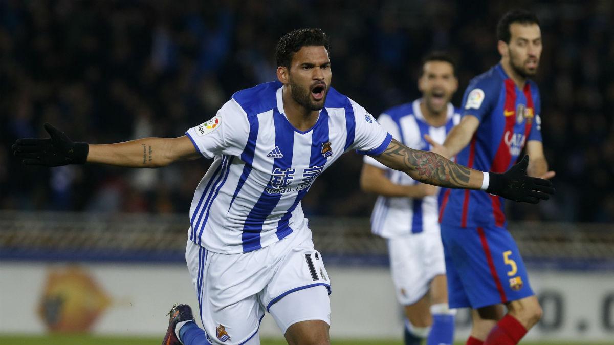 William José celebra el gol de la Real Sociedad. (EFE)