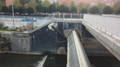 Presa nº 9 del río Manzanares antes de la reparación.