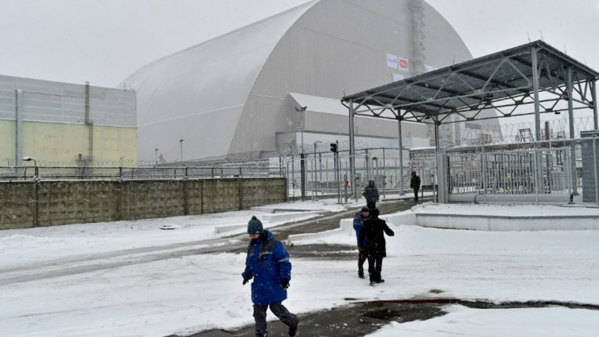 La cúpula de seguridad instalada sobre el reactor nuclear accidentado en 1986 de Chernóbil, Ucrania. Foto: AFP