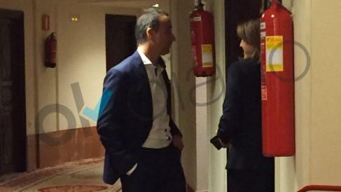 Soraya Rodríguez y el diputado del PSIB-PSOE Pere Joan acabaron en el pasillo limando asperezas tras la bronca