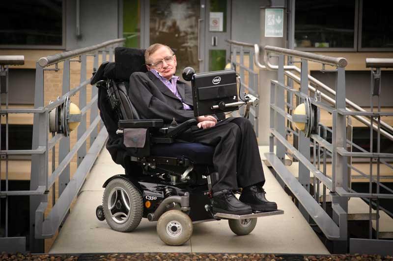 10 frases de Stephen Hawking que cambiarán tu forma de ver el mundo