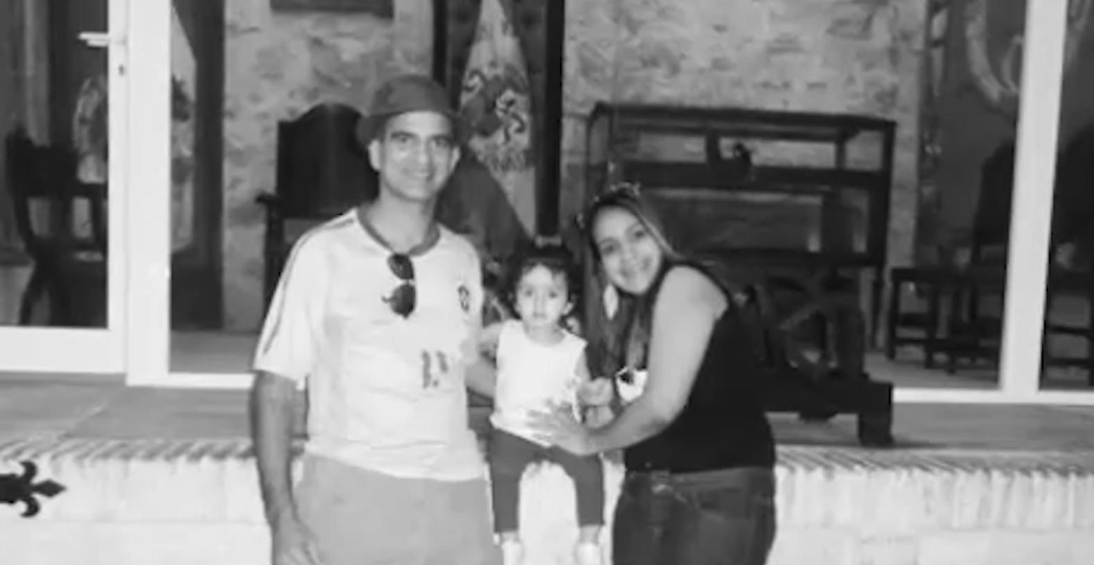 Marcos y Janaína, la pareja descuartizada en Pioz, con uno de sus hijos. (OKD)