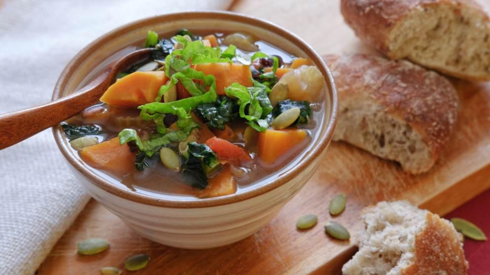 Receta de Sopa vegetariana de kale