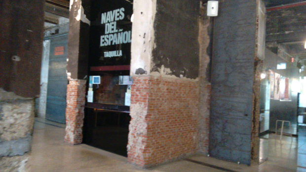 Las taquillas de Matadero Madrid cerradas este miércoles a mediodía. (Foto: OKDIARIO)
