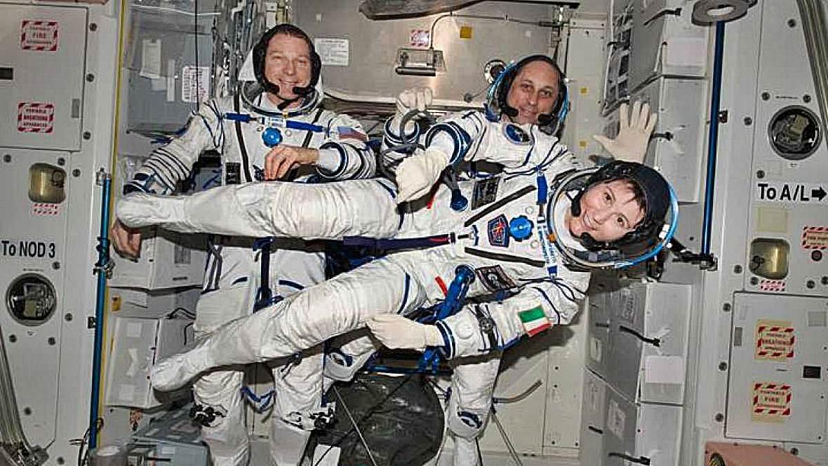 Astronautas de la NASA en la Estación Internacional Espacial.