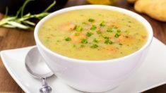 Receta de Sopa de patatas con verduras