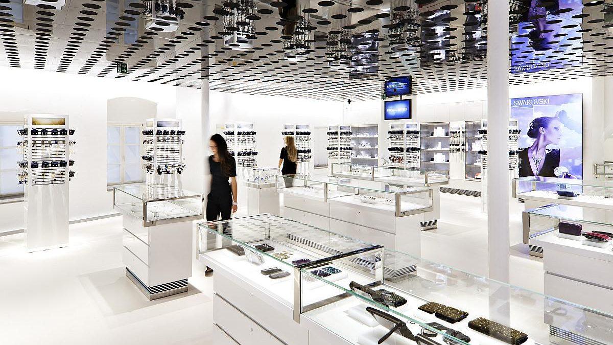 Swarovski abrirá ocho nuevas tiendas en España