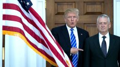 Donald Trump y el secretario de Defensa, James Mattis. (Foto: AFP)