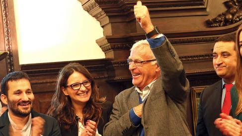 Joan Ribó, alcalde de Valencia, junto a Mónica Oltra, vicepresidenta de la Generalitat. (Foto: EFE)